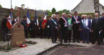 Le discours d'accueil en présence des officiels et porte-drapeaux