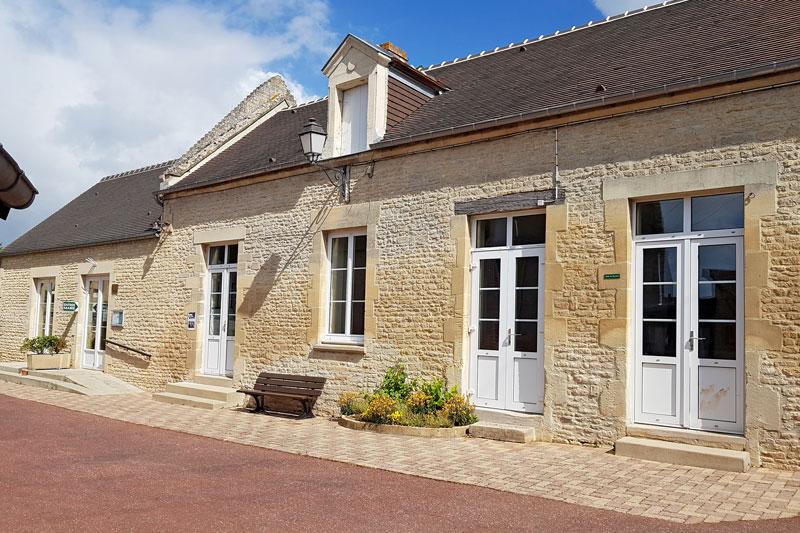 Mairie de Périers-sur-le-Dan
